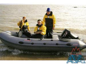 Надувная лодка Титан 460