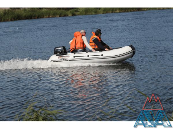 Надувные лодки пвх Альбатрос AV-320 со скидкой 20% купить недорого. Цена: 27800 руб.