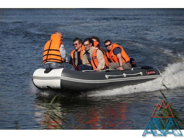 Надувные лодки пвх Альбатрос AV-360S со скидкой 19% купить недорого. Цена: 38300 руб.
